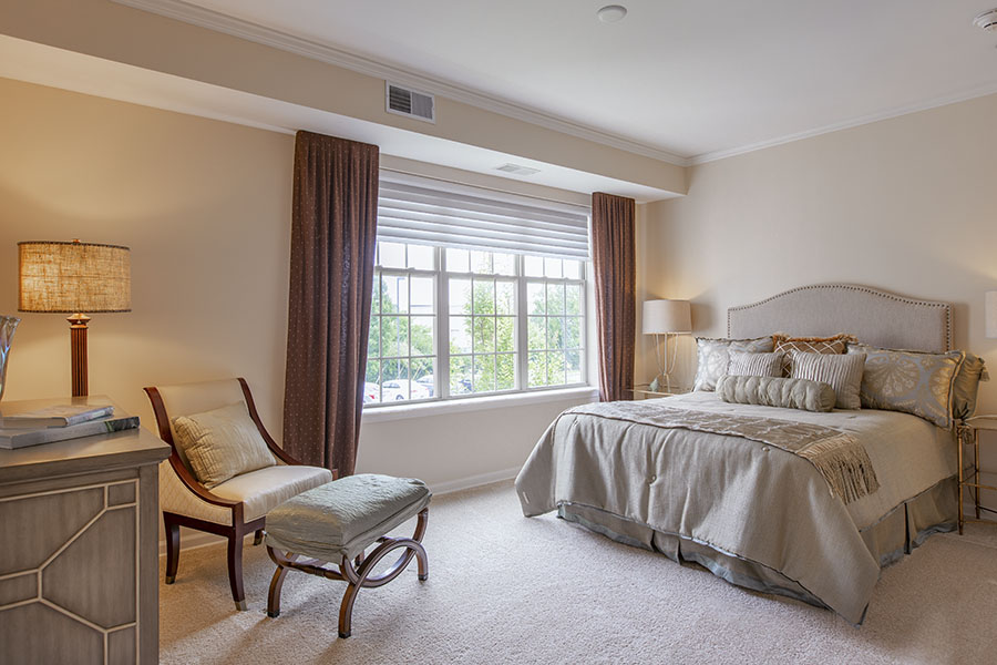 Laurelwood master bedroom