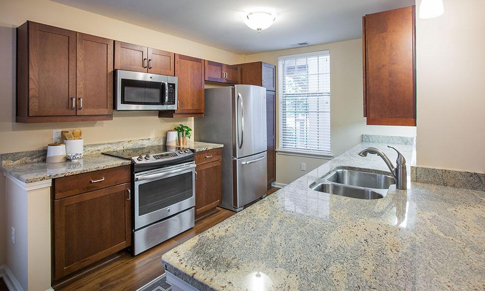 Kentshire Apartment (kitchen)