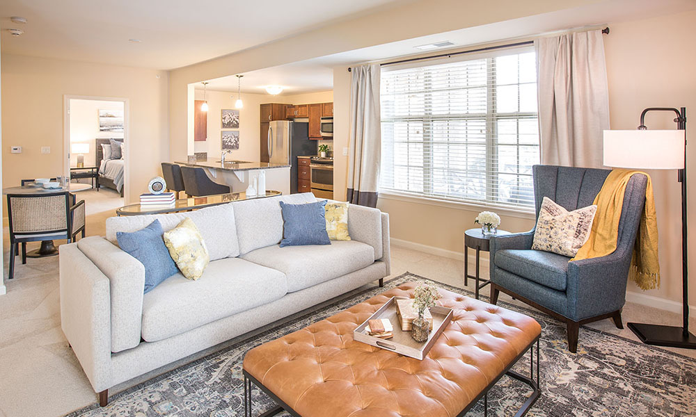 Independent Living Noblewood Apartment living room